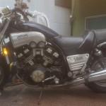 名古屋市南区本地通 バイク買取 V-MAX (放置プレイ)